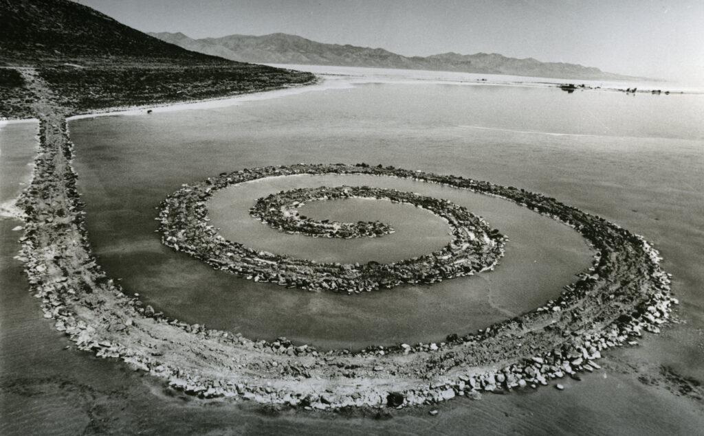 Robert Smithson, Spiral Jetty, 1970, Foto: Anne Gold,© VG Bild-Kunst, Bonn, 2019